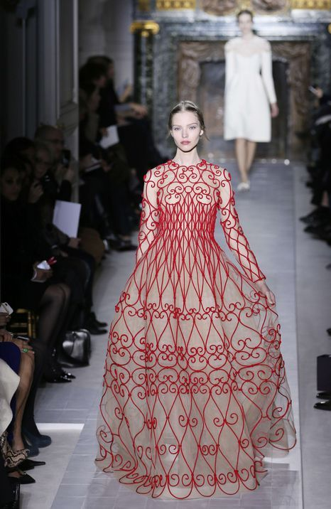 FASHION-FRANCE-HAUTE-COUTURE-VALENTINO